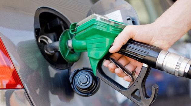 Benzine 23 kuruş zam yapıldı