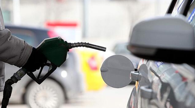 Benzin ve motorine ikinci büyük indirim geliyor