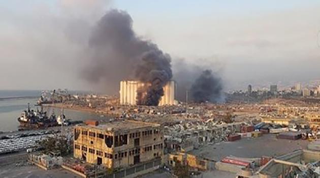Beyrut'ta korkunç patlama: Ölü sayısı 100'ü aştı