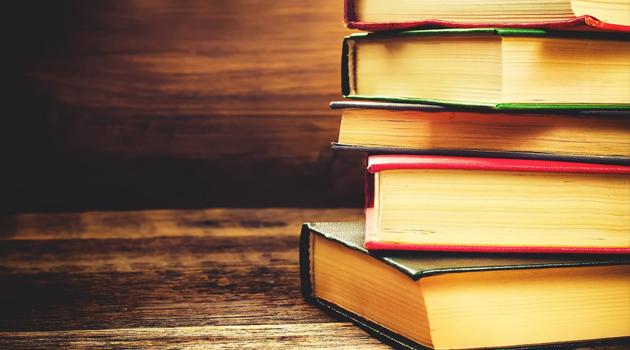 İzole Günlerini Verimli Hale Getirecek 11 Kitap ve Film Önerisi