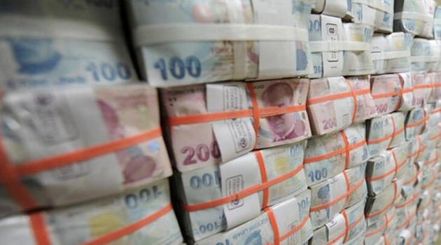 Hazine 6,9 milyar lira borçlandı