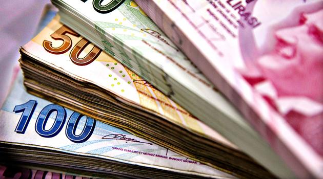 Hazine Nisan'da borçlanma rekoru kırdı