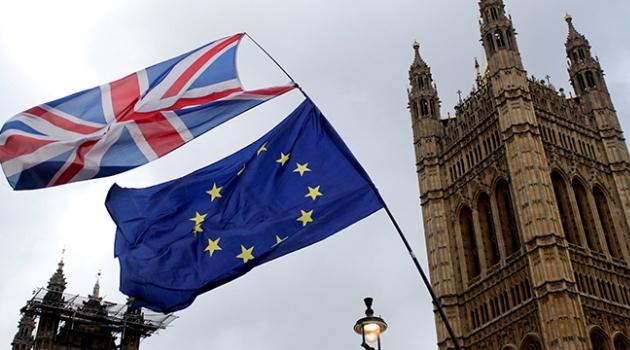 İngiliz hükümetinin Brexit önergesi reddedildi