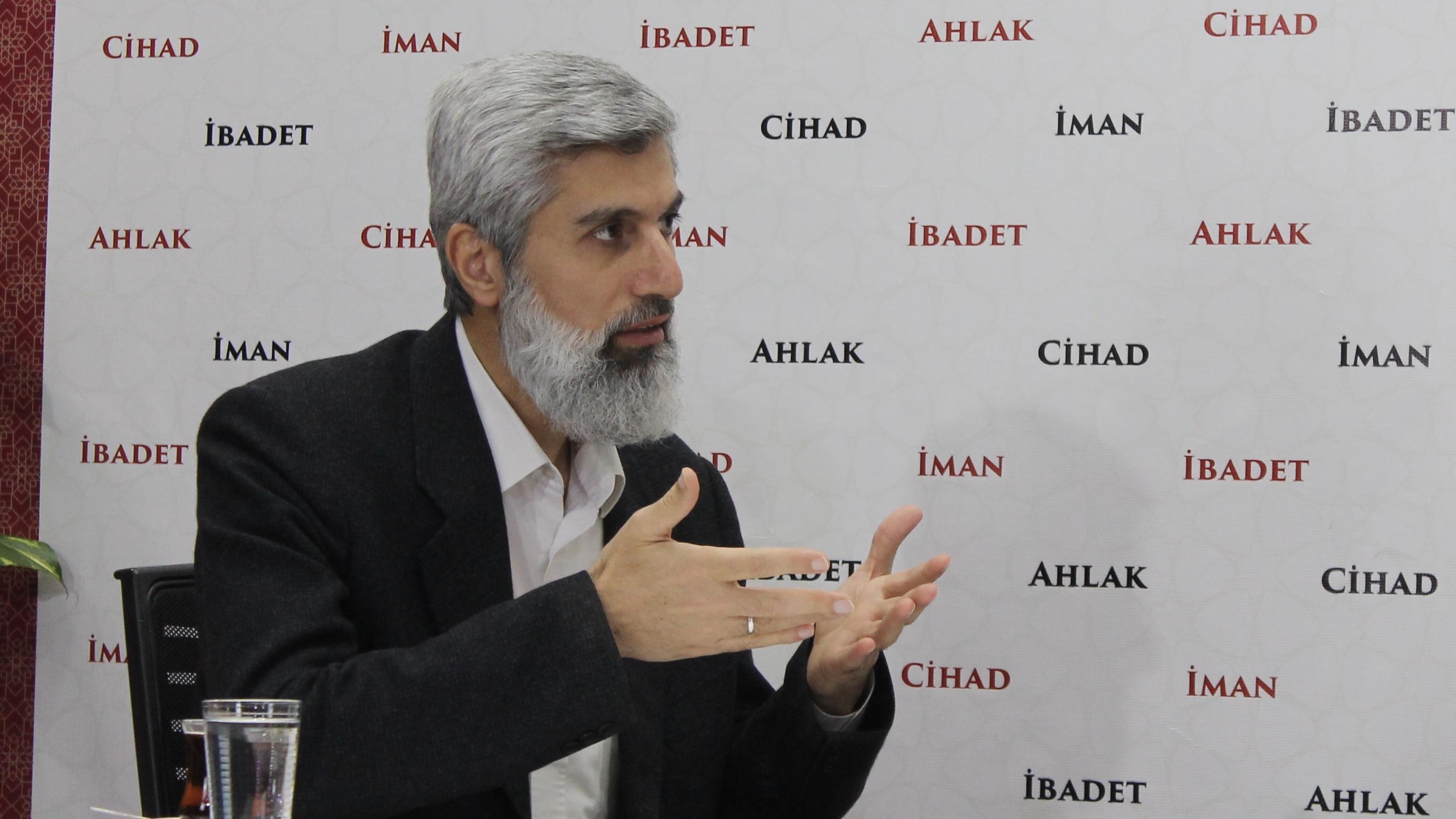 Alparslan Hoca: Biz çok güçlü devletiz diyorlar sonra da halkın vereceği 10 liralara bakıyorlar
