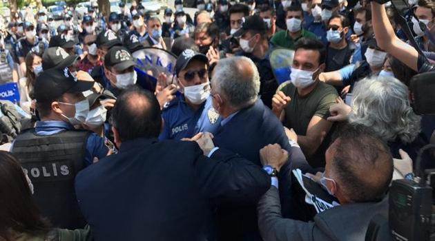 Kızılay'a yürüyen milletvekilleri darp edildi