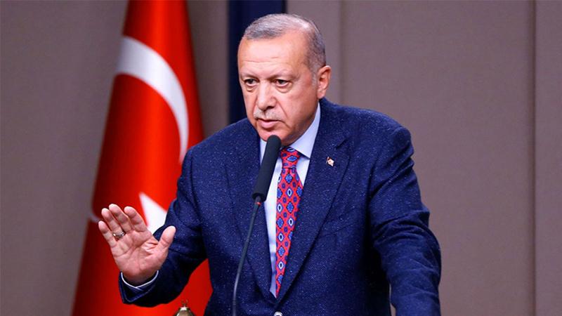 Erdoğan: Kadınlarımızın onuruna, iffetine en küçük saldırıya müsaade etmeyiz; kirli yakıştırmalar yapan köşe yazarlarını kınıyorum