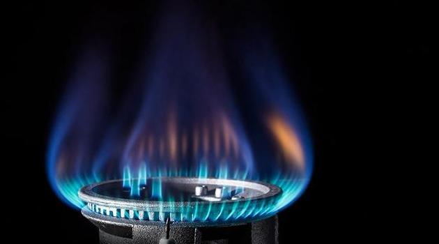 3 milyon 365 kişi elektrik borcunu, 710 bin kişi de doğalgaz borcunu ödeyemedi
