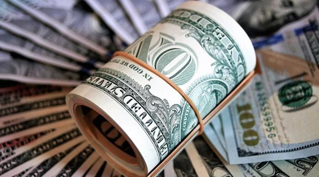 Dolar 7,30 sınırında güne başladı