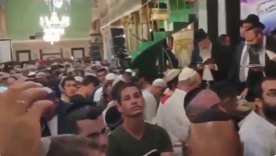 Siyonistler, El Halil'de Halilurrahman Camisini işgal edip ayin yaptı