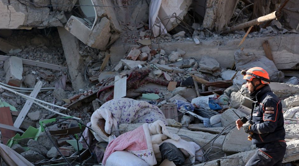 Elazığ ve Malatya için toplanan yardım 90 milyon lirayı geçti