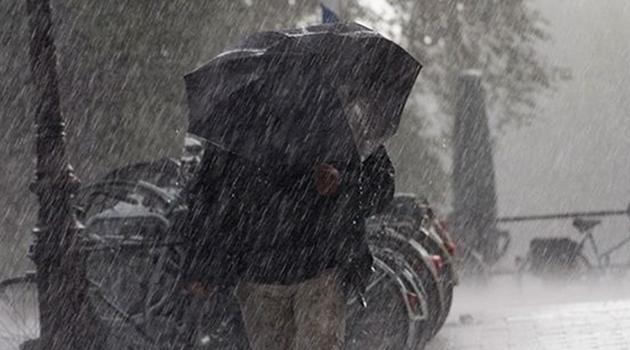 Meteoroloji'den kuvvetli yağış ve fırtına uyarısı!