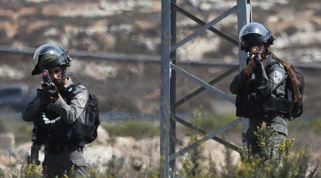 İşgal Güçleri Batı Yaka'da Filistinli Bir Çocuğu Yaraladı