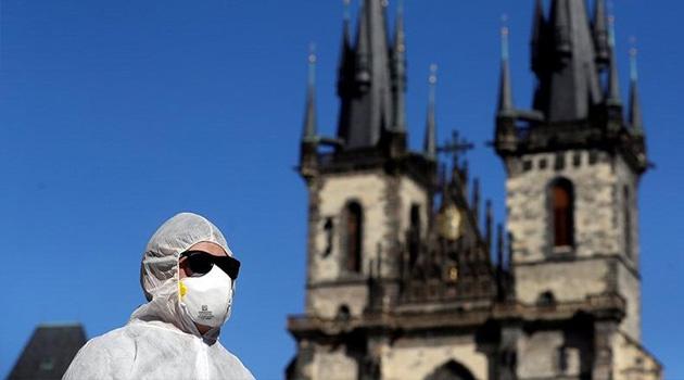 Fransa'da koronavirüs nedeniyle ölenlerin sayısı 26 bin 991'e yükseldi