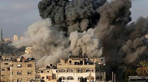 Terör devleti İsrail, Gazze'de insani yardım derneğini bombaladı