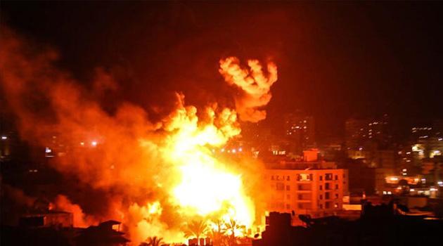 Siyonist işgalciler Hamas'a ait mevziilere hava saldırısı düzenledi