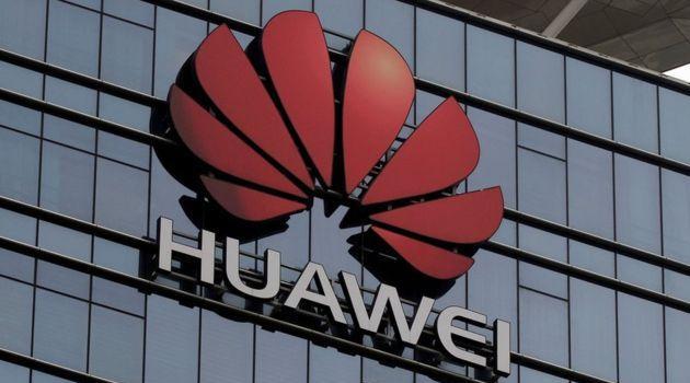 İngiltere, ABD'nin baskısına rağmen Huawei'yi yasaklamama kararı aldı