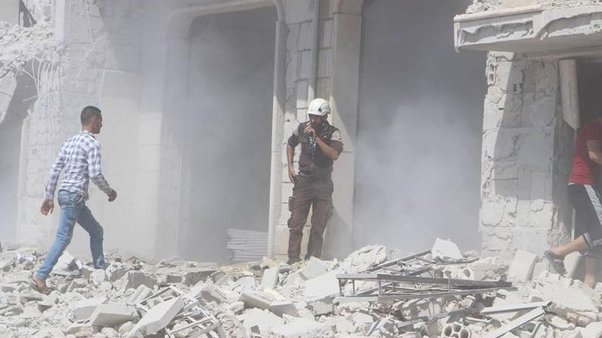 Zalimler İdlib'e saldırmaya devam ediyor: 6 ölü