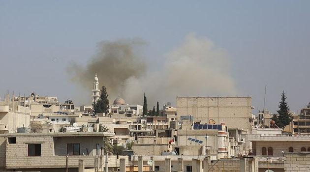 İdlib'de Esad rejimi sivillere saldırdı
