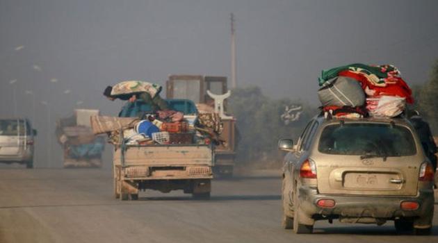 31 bin sivil daha Türkiye sınırı yakınlarına göç etti