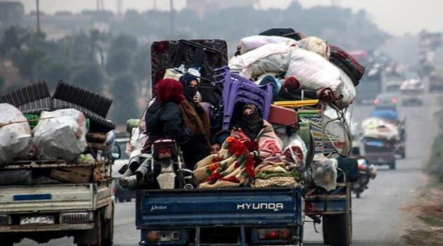 İdlib'den kaçan 20 bin sivil daha Türkiye sınırına göç etti