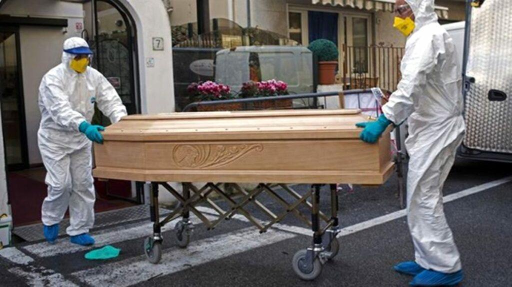 İngiltere'de yüzlerce yaşlı evinde ölü bulundu