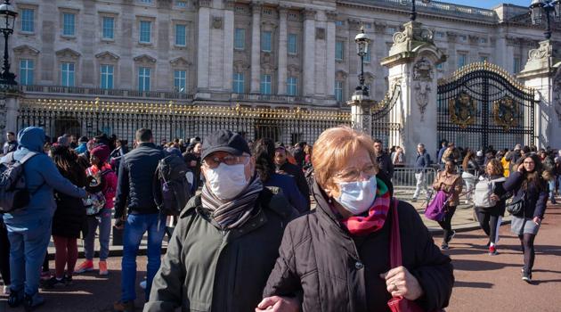 İngiltere'de 315 kişi daha koronavirüsten dolayı hayatını kaybetti