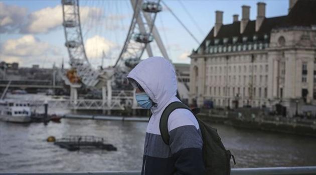 İngiltere'de kısmi yasaklara rağmen koronavirüsün yayılma hızı düştü