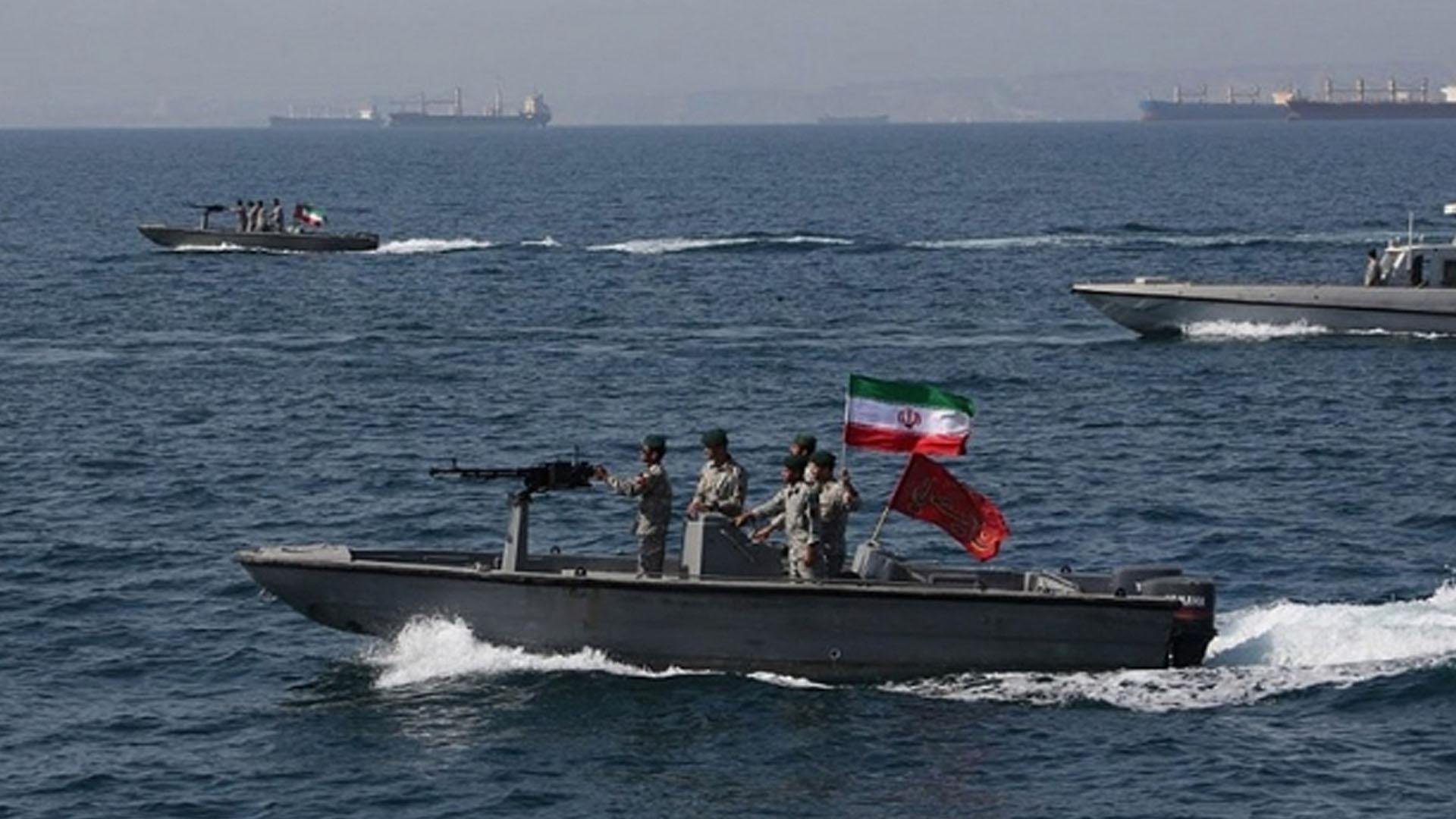 İran BAE tankerine el koydu