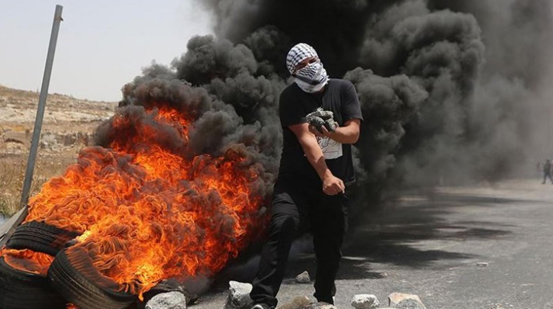 İşgal Güçleri Filistinli Öğrencilere Saldırdı