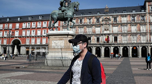 İspanya salgında 'zirveyi' gördü: Yaşamını yitirenlerin sayısı 288'e yükseldi
