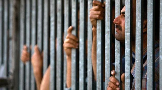 Filistinli 500 esir 15 yıldan fazla süredir işgal rejimi zindanlarında