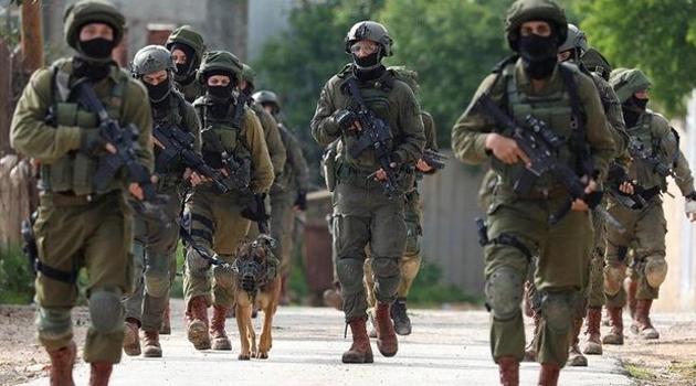 İsrail askerlerinden Batı Şeria'ya baskın: 14 Filistinli gözaltında