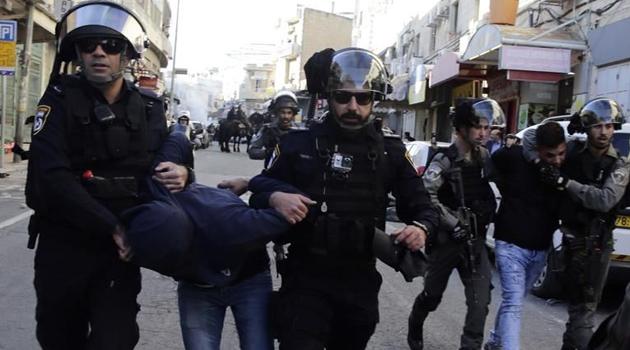 İşgal güçleri Batı Şeria'da 13 Filistinliyi gözaltına aldı