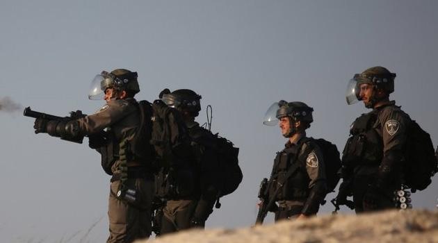 İşgalciler Kudüs'te 3 Filistinliyi alıkoydu