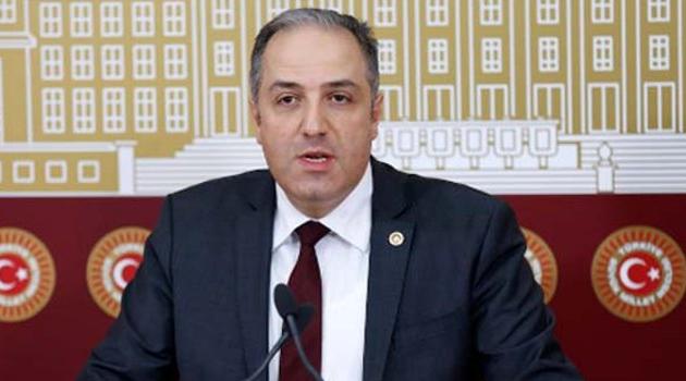 Mustafa Yeneroğlu AK Parti'den istifa etti