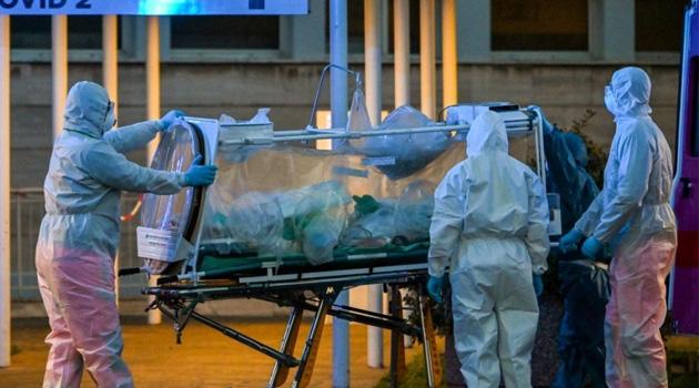 İtalya'da koronavirüs nedeniyle ölenlerin sayısı 145 artışla 31 bin 908'e yükseldi