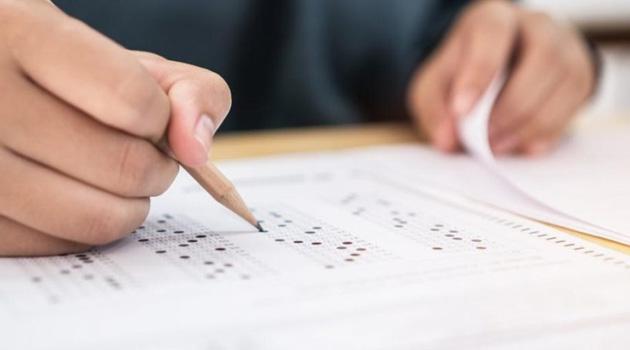 İÜ Açıköğretim final sınavında 20 soru iptal