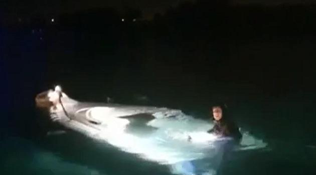 İzmir Çeşme'de düzensiz göçmenleri taşıyan tekne battı: 8'i çocuk 11 kişinin cesedine ulaşıldı