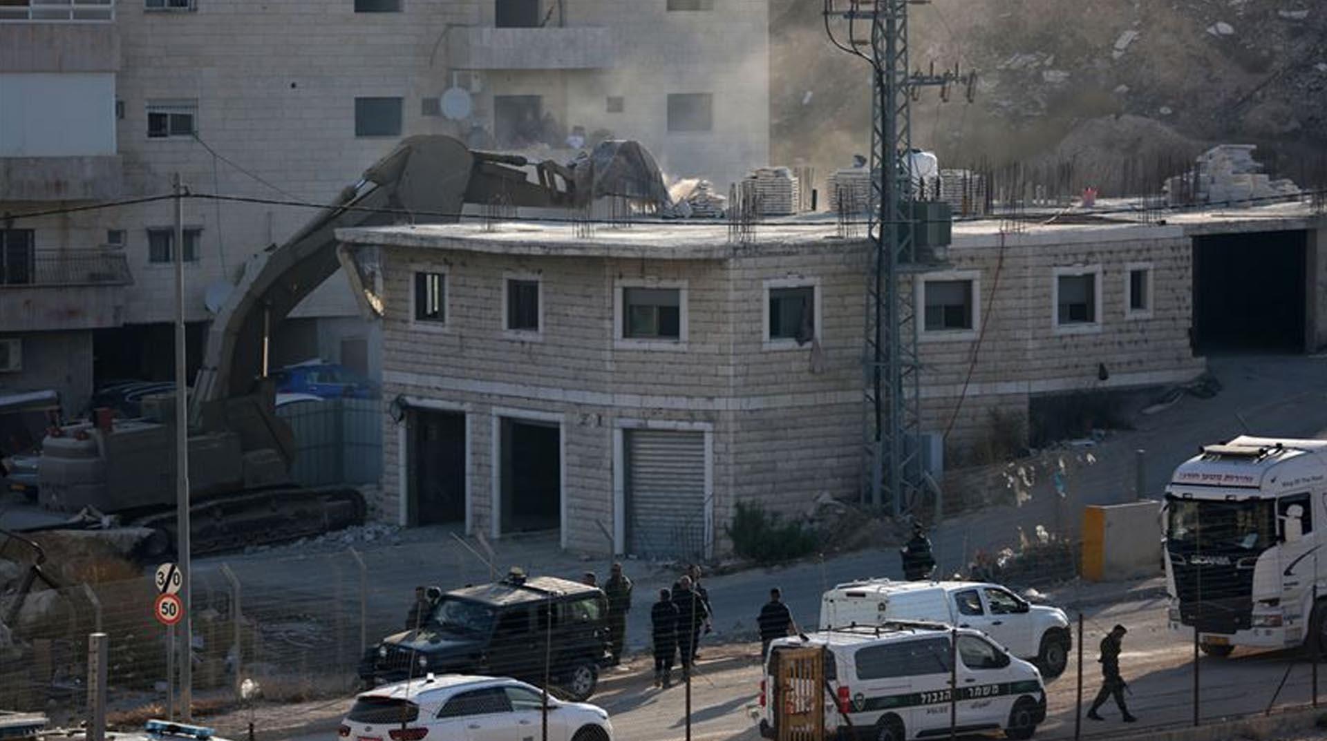 İşgalci İsrail Kudüs'te yıkıma başladı