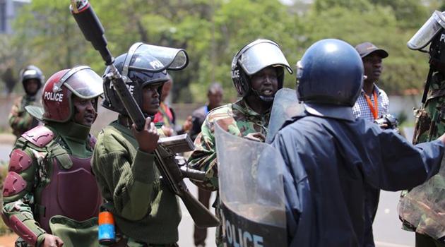 Kenya'da sokağa çıkma yasağına uymayan 15 sivil öldürdü