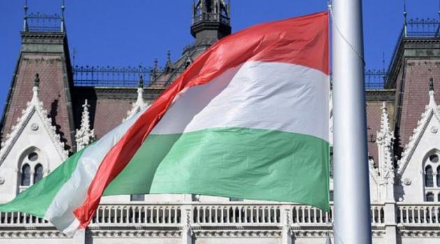 Macaristan'da cinsiyet değiştirmek yasaklandı
