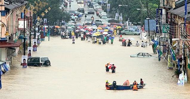 Malezya'daki sel baskınlarında tahliye edilenlerin sayısı 16 bini geçti