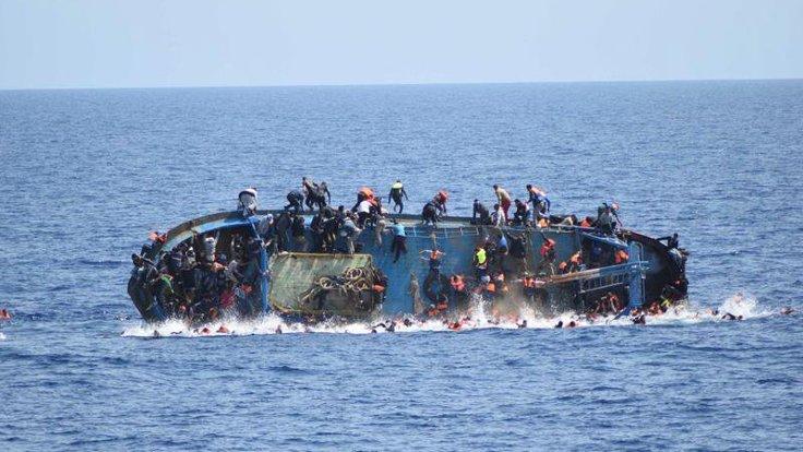 Avrupa'ya ulaşmaya çalışan göçmenleri taşıyan tekne battı, 57 kişi hayatını kaybetti