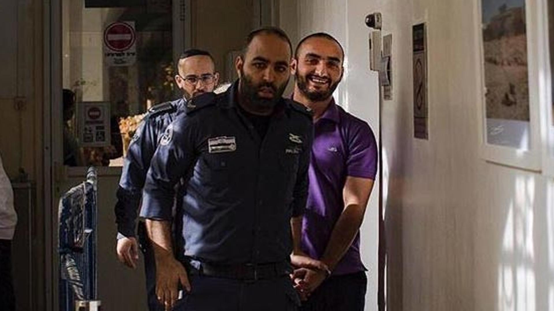 İşgalci İsrail'in sınır dışı etmeye çalıştığı AA muhabirinden haber alınamıyor