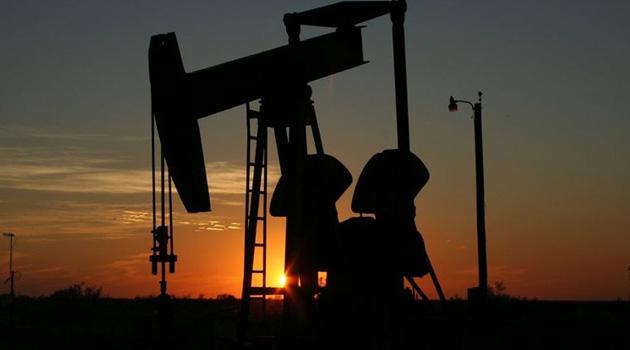 Suudi Arabistan ve Rusya petrol üretimi kesintisinde anlaştı, petrol fiyatı yüzde 12 yükseldi