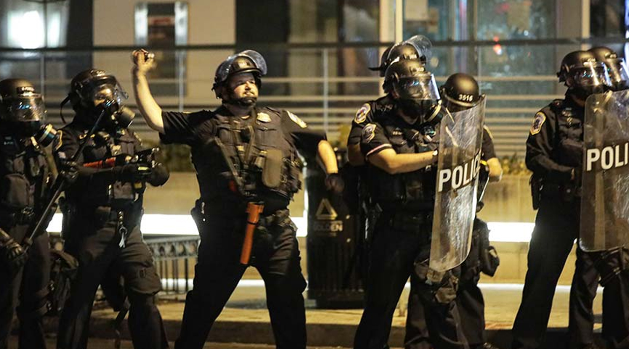 Seattle'da polisin biber gazı yetkisi elinden alındı