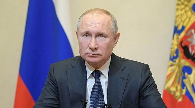 Putin, hükümete acil durum uygulama yetkisi verdi