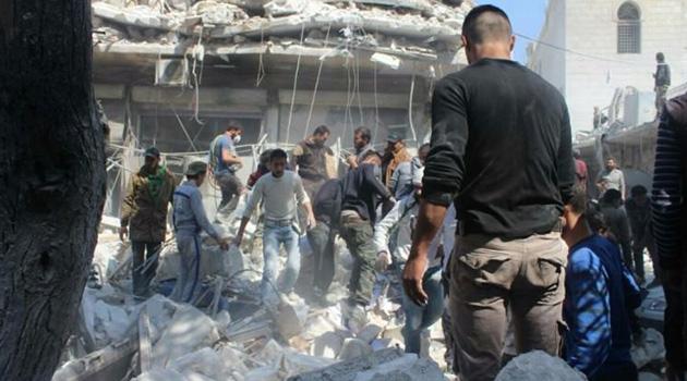 Rus savaş uçakları İdlib'i bombaladı: 3 ölü, 9 yaralı