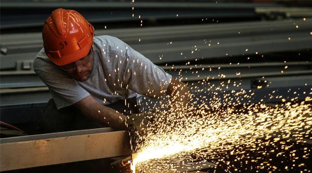 Sanayi üretimi yüzde 0,1 arttı