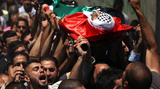 İşgal rejimi iki şehit cenazesini teslim etti